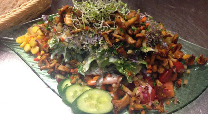 Salatplatte Kreuz Ebersweier